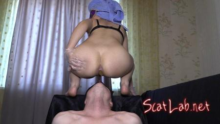 Mia The Most Beautiful Girl In Our Studio (Princess Mia and toilet slave) Femdom Scat, Shitting [FullHD 1080p] Domination Scat