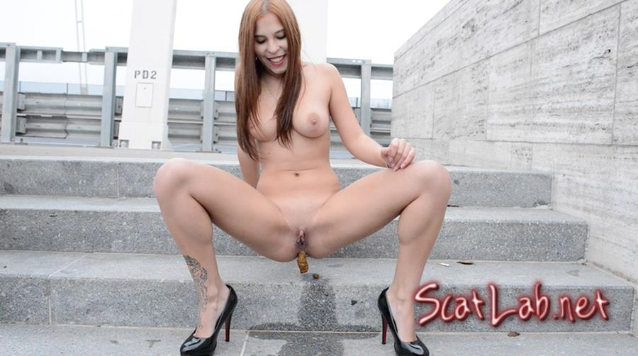Solo Scat Girl - Mikaela Wolf (Mikaela Wolf) Scat, Pissing [FullHD 1080p] SG-Video