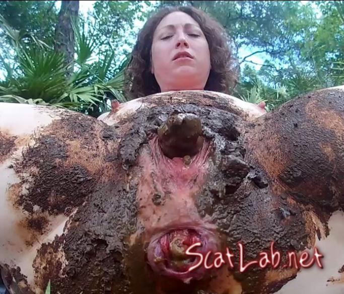 Outdoor Shit Packed Pussy - 1 PART (ScatGoddess) Scat / Poop [FullHD 1080p] Defecation