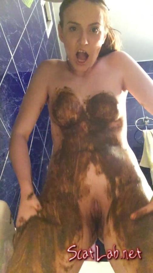 The Big Shit Smear all over my Body (DianaSpark) Scat / Poop [2K UHD] Defecation