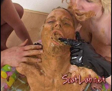 Living Toilet 2 Hightide-Video (CandieCane) Femdom Scat [SD]