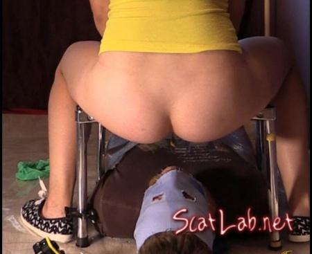 Piss And Scat With Beautiful Big Ass (Princess Jenny) Big pile, New scat [FullHD 1080p]