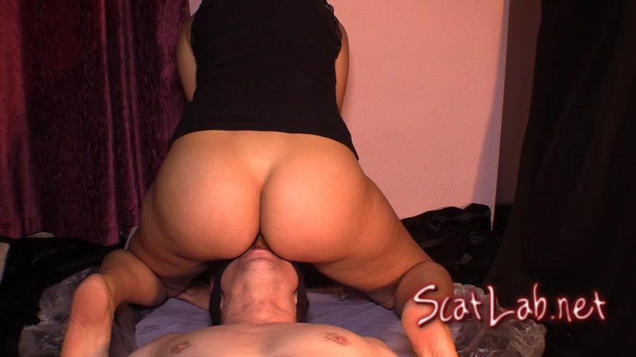 Takes a Dump In Her Slave's Mouth 76 (Goddess Diana) Scat / Femdom [FullHD 1080p] YezzClips
