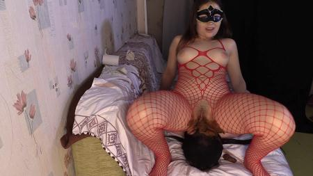 Princess Mia Scat Piss Facesitting suffocationchoke booty (Princess Mia) Domination Scat [FullHD 1080p] Femdom Scat
