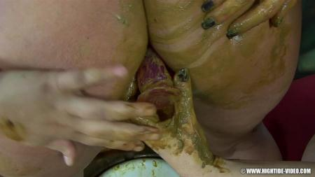 Heavy Eaters (Penelope, Marlen, 2 males) Scat, Humiliation [HD 720p] Hightide-Video
