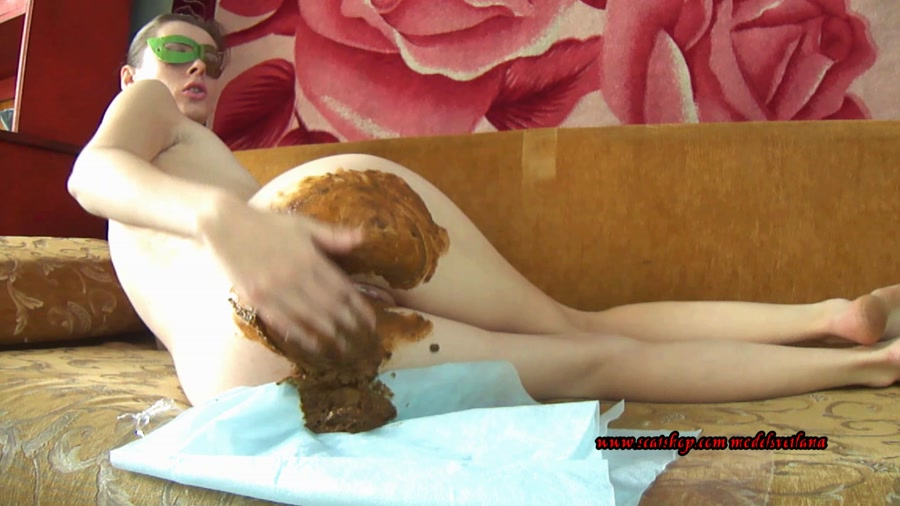 Liquid diarrhea and farting (Svetlana) Solo Scat, Amateur [FullHD 1080p] Desperation