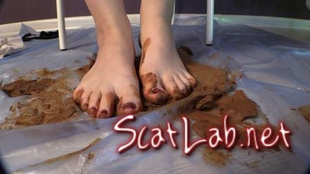 Sexy Girl Mrs. Mia Scat Smearing (Princess Mia and toilet slave) Foot Fetish, Solo [FullHD 1080p] Defecation Extreme
