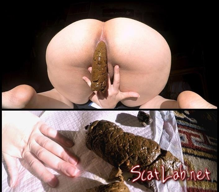 Dropping 3 Thick Chunky Turds (LoveRachelle2) Amateur, Solo [4K UltraHD] Big Pile