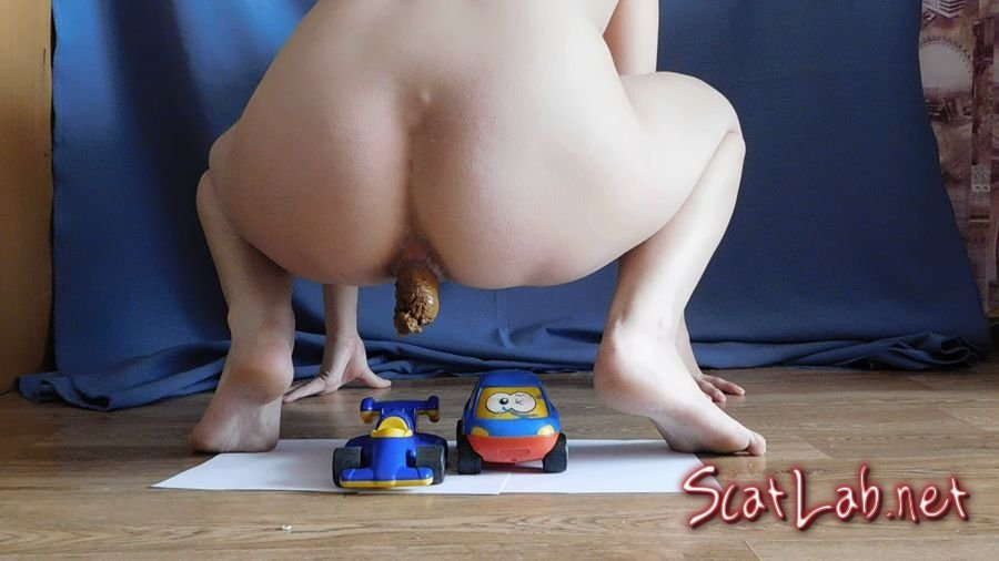Fetish socks and toys with shit (KatyaKASS) Poop Smear, Solo [FullHD 1080p] Mega Fart Girl