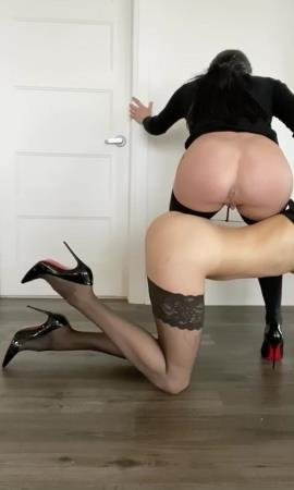 Business girls (TheHealthyWhores) Lesbian, Humiliation [HD 720p] Shit In Pantyhose
