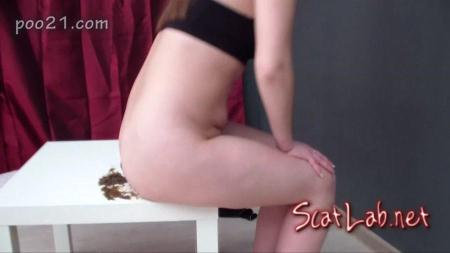 Milana Pooping in Panties With Farting (MilanaSmelly) Scat / Poo [HD 720p] Defecation Extreme