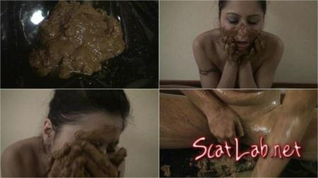 PERVERTED FAMILY 8 (HotDirtyIvone) Poopping, Shitting, Big pile, Scat [HD 720p]