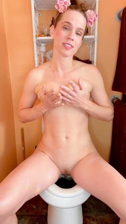 I cum while pooping on the toilet (VibeWithMolly) Solo, Shit [UltraHD 2K] Amateur